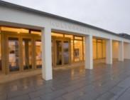 Auftraggeber: Gemeinde Grafenrheinfeld •  Architekt: Bär, Stadelmann, Stöcker Architekten, Nürnberg Projektzeit: 2003 - 2005 Projektkosten: 9,4 Mio. € Leistungen: Projektsteuerung gemäß § 205 AHO, Projektstufen 1-5